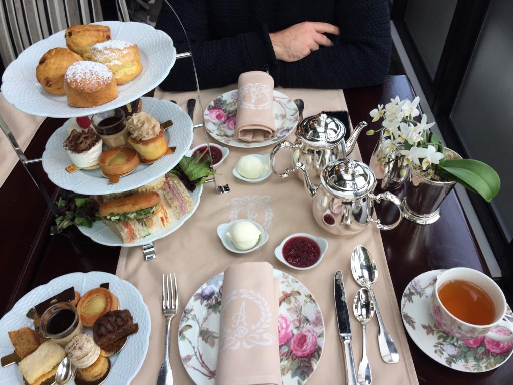Afternoon Tea à l' hôtel d'Angleterre à Genève © Capucineee.com